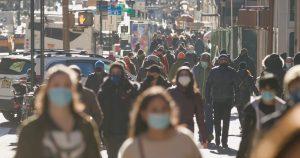 New,York,-,Circa,January,2021:,Crowd,Of,People,Walking